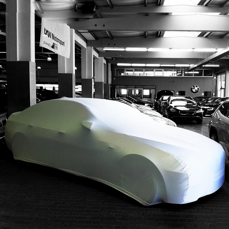 Fahrzeugverhüllungen | Überwürfe Und Car-Mapping Cover Aus Stretchmaterial