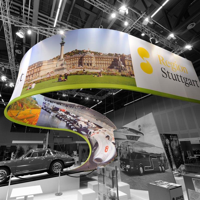 Messe Design Individuelle Konstruktionen Aus Stretchstoff Und Aluminium